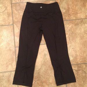 Black Lululemon Capris Size 4